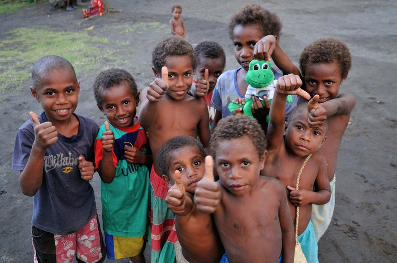 Polly meets the friendly children of Tanna Island